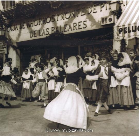 folklore dance ibiza nostalgie