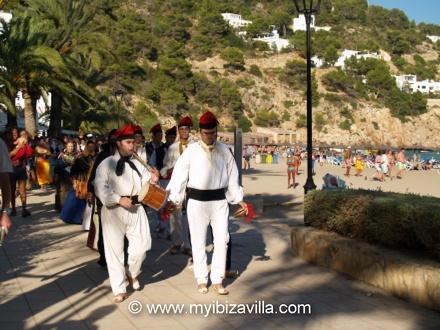 folklore dance in Ibiza