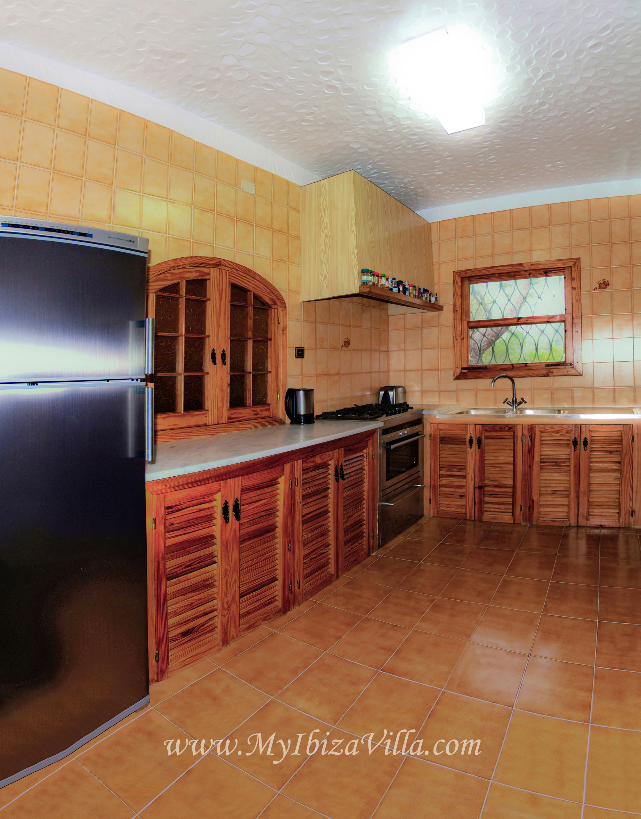 fully equipped kitchen of the villa Ibiza