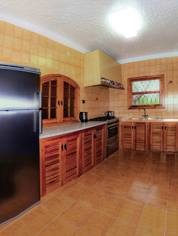 Click to see the kitchen